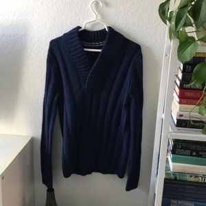 Navy blue pull over sweater